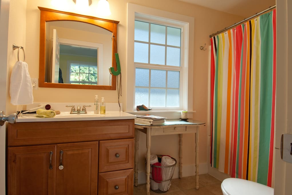 a blow-dryer, clean towels, soap, shampoo & conditioner, slippers, and robes are included.