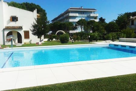Exlusive seaside villa - Duna Verde - Haus