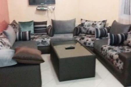 résidence zina - Apartamento