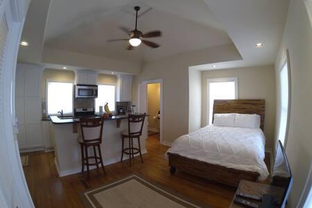 Quiet Apartment near State Capitol - Oklahoma City - Apartment