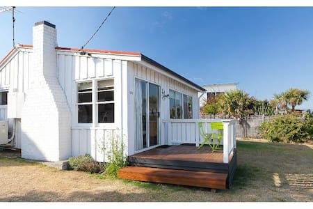Elonera Cottage - House