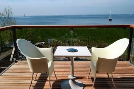 2k suite met uitzicht op IJsselmeer