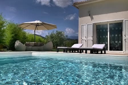 Villa with heated swimming pool stay from sunday - Villa