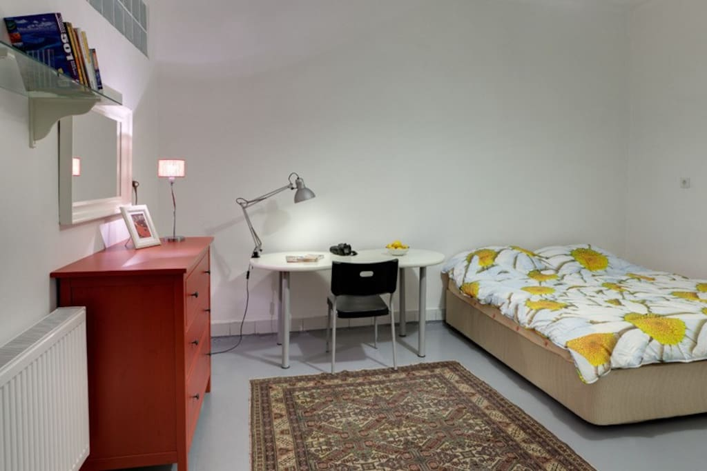 Big Room with king size bed (2mt x 2mt) +Couch