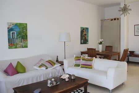 Nice Villa in Las Cucharas Beach - Casa