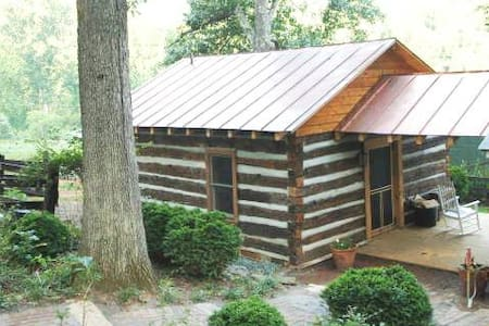 The Jefferson, an enchanting cabin