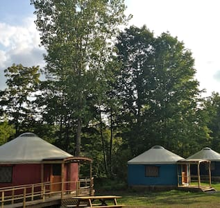Beautiful Yurt Rentals, Upstate NY - Rundzelt