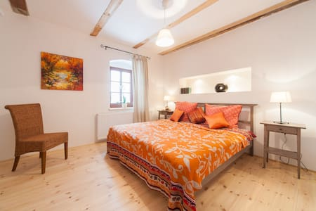doubleroom in country house loiuse - Casa