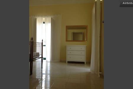 Cimitile (Napoli)- appartamento in Villa d'Epoca - Cimitile - Huoneisto
