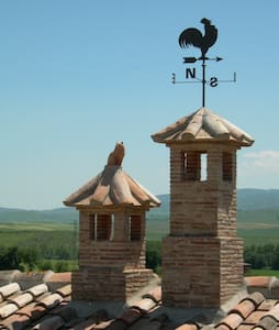 Discover the magic Val d'Orcia