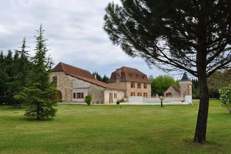 Domaine de ASENON chambres d'hotes - Bed & Breakfast