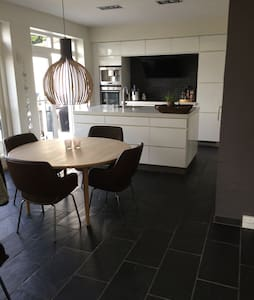 Modern two storey waterfront house  - Norresundby - House