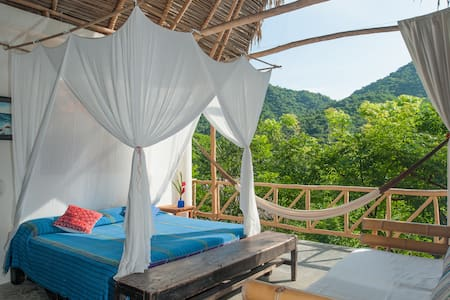 Vereda-Palapa Moringa- Dream with Art in Paradise - Yelapa