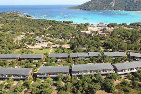 T2 Santa Giulia à 150m de la plage - Apartment