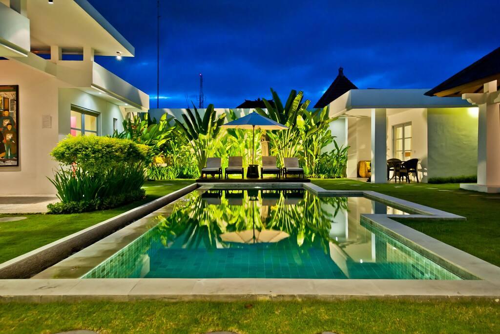 4 Bedroom W/Pool &Pool Fence(opt.)