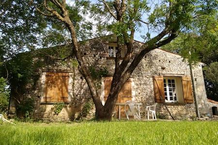 Petite maison à la campagne - Maison