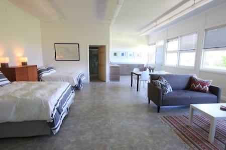 Classroom 1 Suite - Picton - Loft