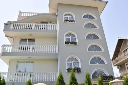 Villa Karina Room 4 - Villa