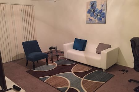 Nice & affordable spot 4 your Stay. - Hayward - Appartement