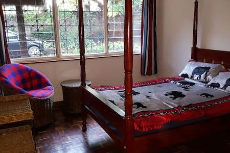 Nairobi Runda private rooms - Nairobi