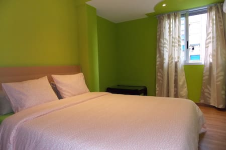 Spacious Apartment in Valencia - València - Wohnung