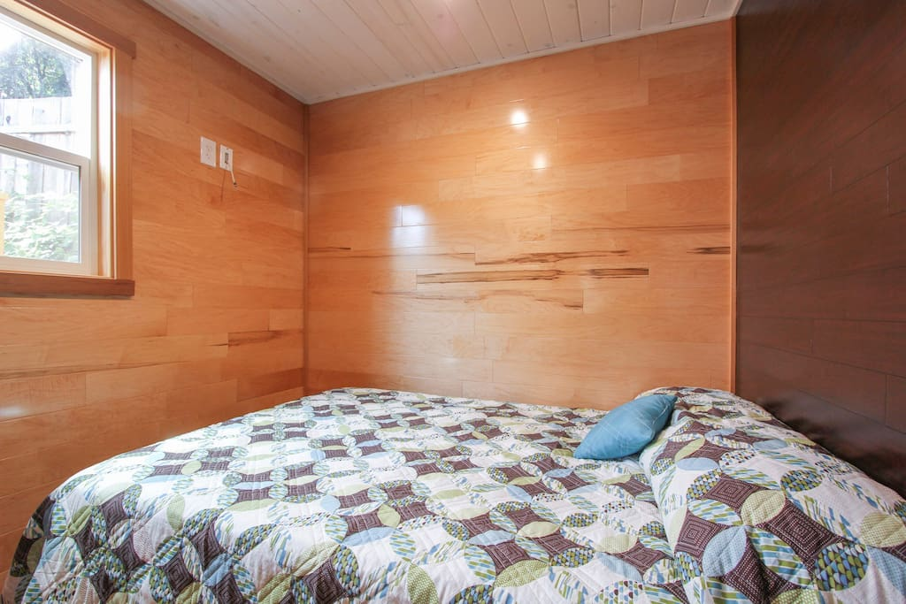 Beautiful maple and bamboo walls in bedrooms