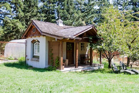 Farm Stay Cabin Get Away - Vashon - Chatka