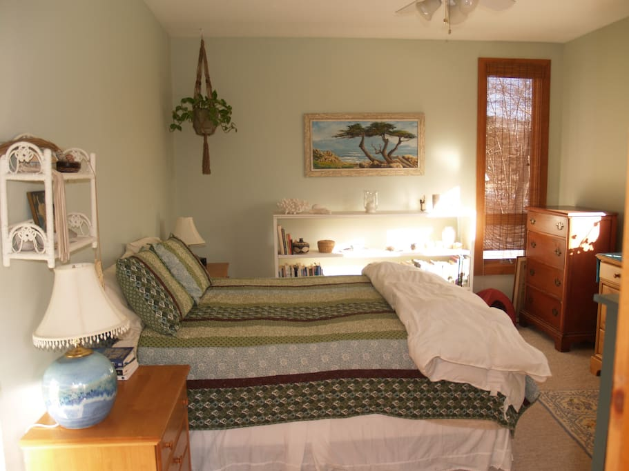Master bedroom: Let the gentle sun rise open your eyes while you snuggle in this super comfy bed.