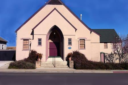Casa de la Cruz Historic Church 2B - Haus
