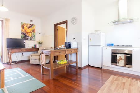 2 min walk to UWA close to CBD (8) - Apartment