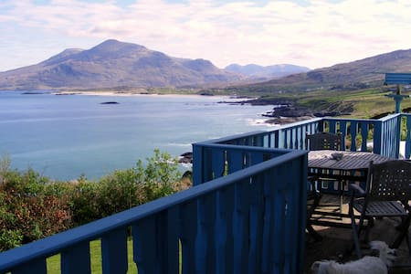 Dolphin Watch Self Catering House - House