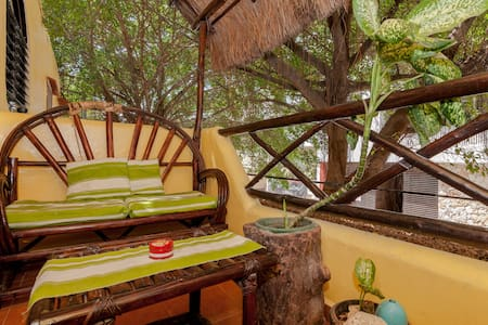 WOODED STUDIO WITH BALCONY! BEST LOCATION EVER!! - Playa del Carmen
