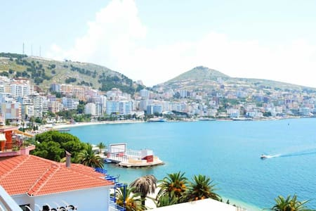 Waterfront Apartment in Sarande - Sarandë - Appartamento