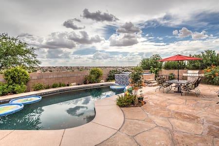 Relaxing Desert Retreat! #1 Twins - House