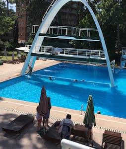 En Punta del Este el mejor complejo - Maldonado - Apartment