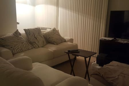Comfy Studio Near Disney - Apartment