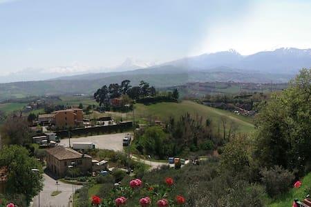 Stanza privata nel Piceno - Ascoli Piceno