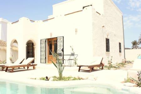 Superbe villa avec piscine vue mer - Djerba Midun - House