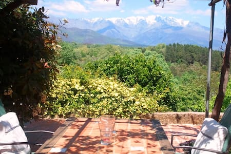 Charming Cottage + Incredible view - Villanueva de la Vera - Huis