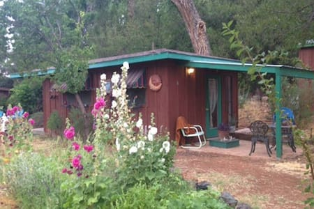 Casita in WINE COUNTRY~respite - Blockhütte
