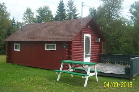 Summer Winds Cottages, Sleeps 2 - Stuga