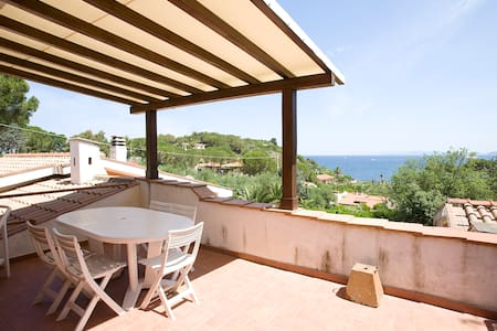 Wonderful Villetta overlooking sea - Portoferraio - House