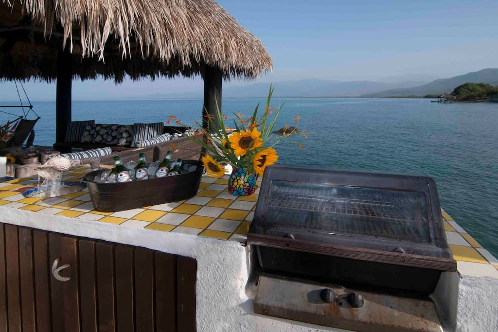 BBQ area on the dock/Palapa area.