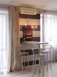 Уютная квартира-студио на Бассейной
