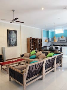 Single Room, Single's price!!! - North Kuta - Villa