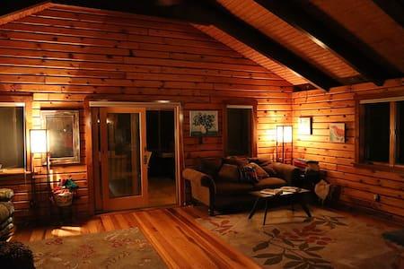 Fantastic log cabin at the beach! - Buxton - Casa