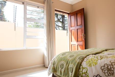 1Bed 1Bath Cozy Private Room. - Apartemen