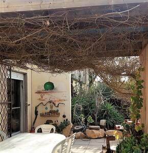 Homely house in the desert - Mitzpe Ramon