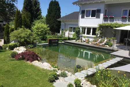 Bed & Breakfast & Pool im Landhaus am Chiemsee - Bed & Breakfast