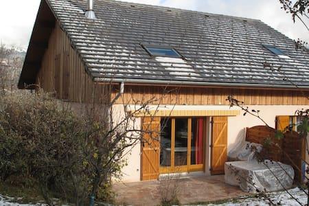 Grande maison 135m² - Savoie - 12p - St Jean de Maurienne - Huis